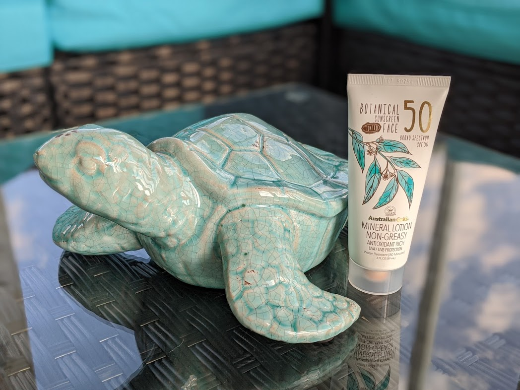 Australian Gold tinted sunscreen with turtle